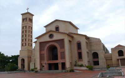 Nazaret: Iglesia de la Sagrada Familia